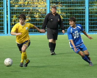 Осенью 2009 года команда сборная Дагестна 1993 преградила путь в финал ФШМ «Ростов»