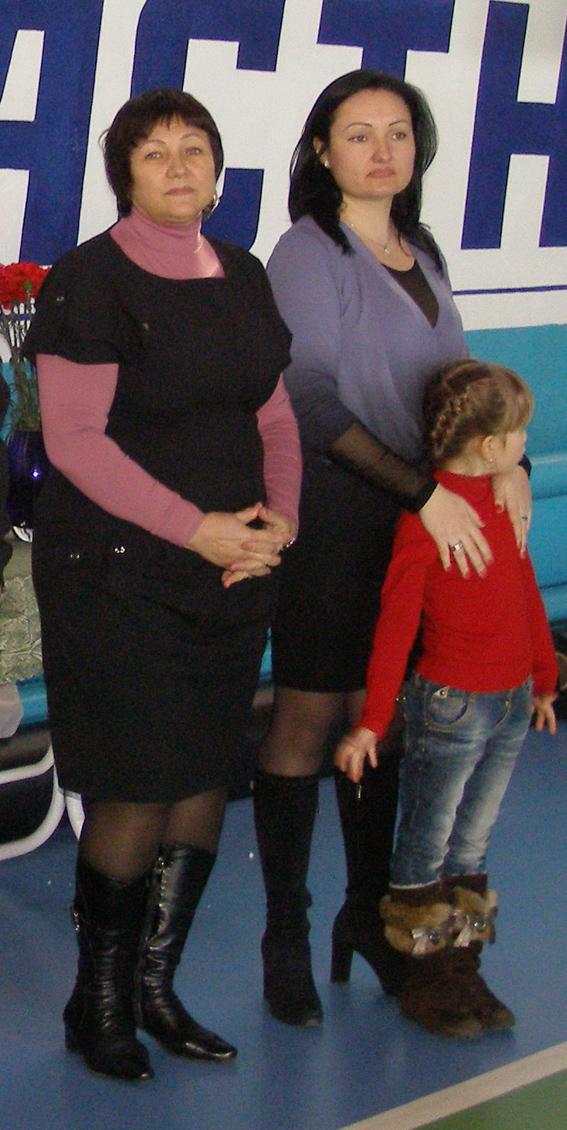 Вдова Людмила и дочь Галина