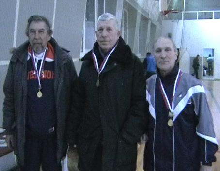 Руководители и организаторы турнира на кубок ФК «Крислер» поселка Матвеев Курган