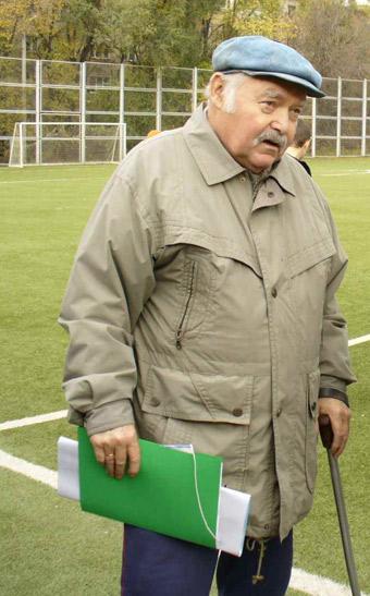 Вратарь Виктор Киктев отметил 75 лет