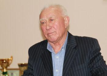 Валерий Синау