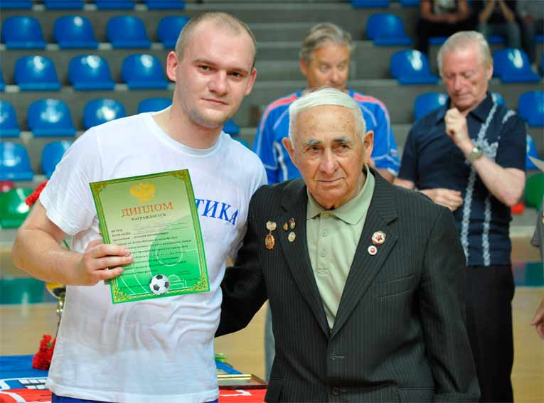Георгий ХАЧИКЯН - футболисты участники Вов