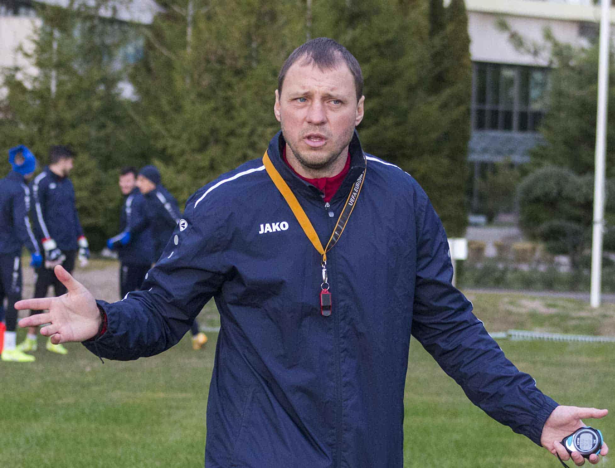 Главный тренер СКА-Ростов Денис Попов