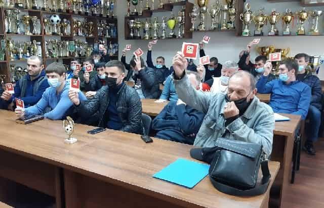 Единогласно проголосовали за Сергея Барабаша